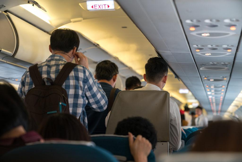 Nicht drängeln im Flugzeug